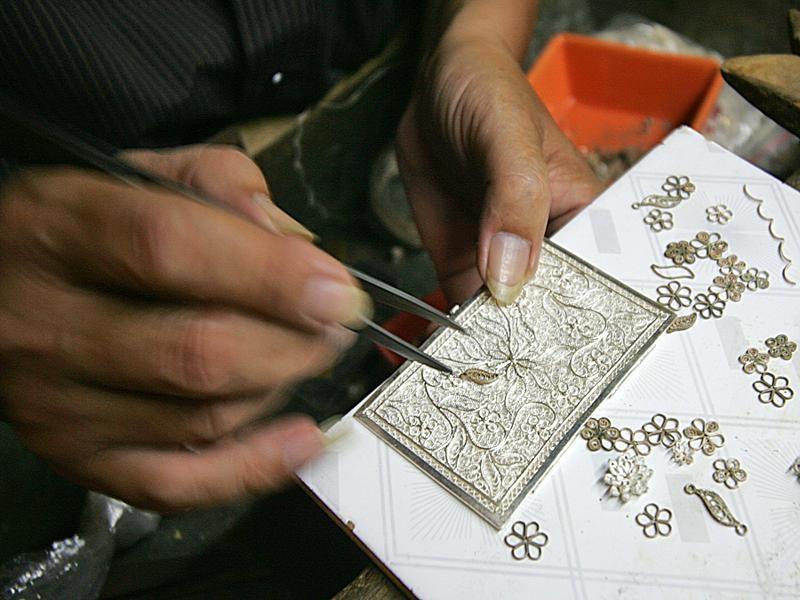 Làng nghề kim hoàn Đồng Xâm