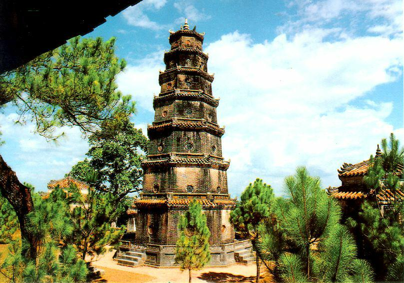 Kết quả hình ảnh cho chùa Thiên Mụ