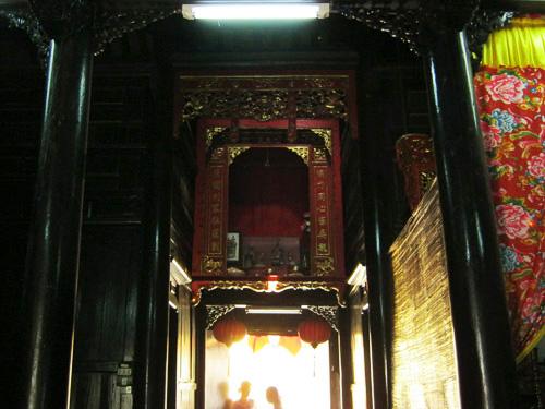 Bên trong nhà cổ Quân Thắng