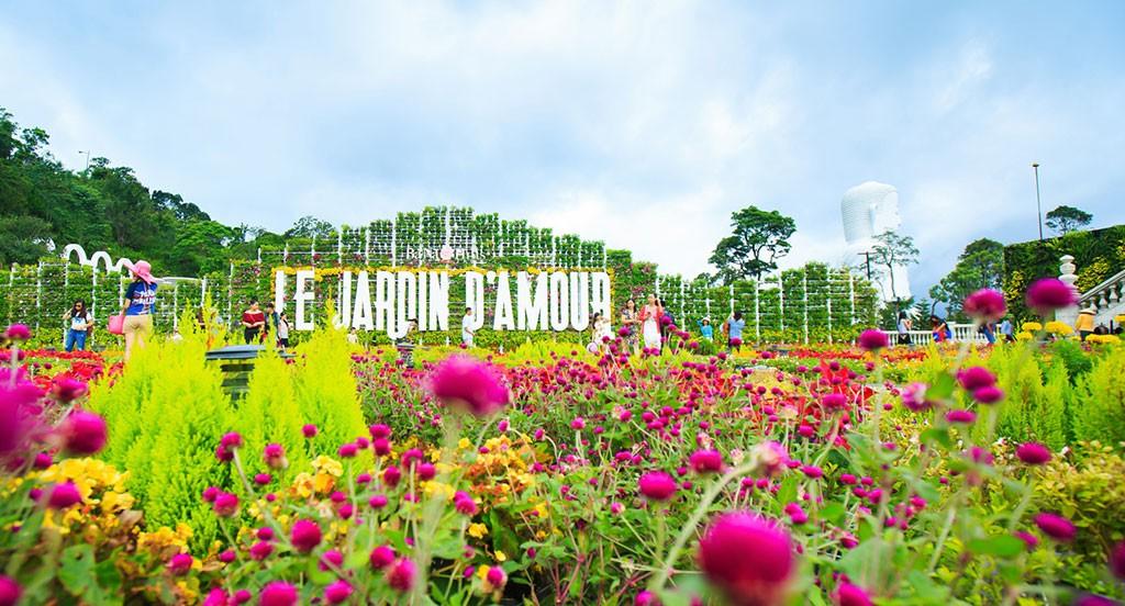 Enjoy amazing time in ba na hills resort for Jardin d amour wine