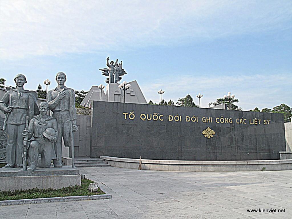 Nghĩa trang liệt sĩ Trường Sơn Là nghĩa trang lớn nhất cả nước